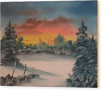 Cold Morning Sunrise Wood Print