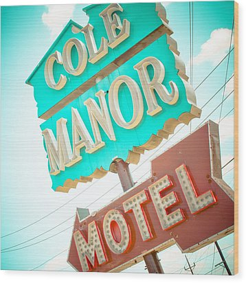 Cole Manor Motel Wood Print by David Waldo