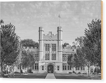 College Of Wooster Kauke Hall Wood Print by University Icons