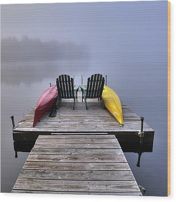 Wood Print featuring the photograph Color In The Fog by David Patterson