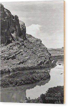 Wood Print featuring the photograph Colorado River by Juls Adams