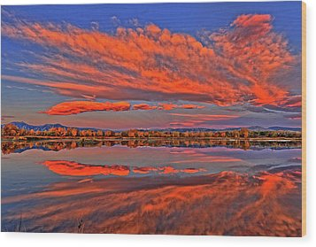 Wood Print featuring the photograph Colorful Fall Morning by Scott Mahon