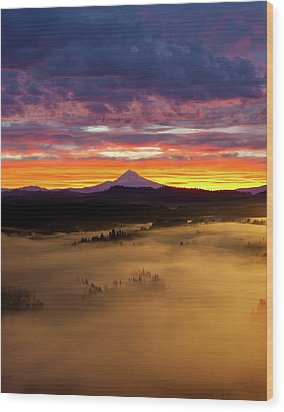 Colorful Foggy Sunrise Over Sandy River Valley Wood Print