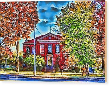 Wood Print featuring the photograph Colorful Harrison Courthouse by Kathy Tarochione