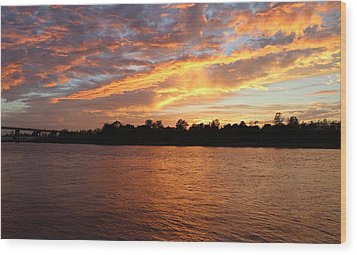 Wood Print featuring the photograph Colorful Sky At Sunset by Cynthia Guinn