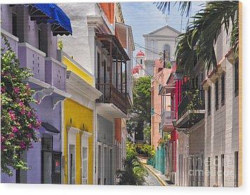 Colorful Street Of Old San Juan Wood Print by George Oze