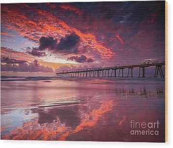Colorful Sunrise Wood Print by Rod Jellison