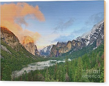 Colors Of Yosemite Wood Print