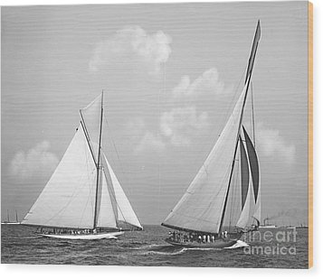 Columbia And Shamrock Race The Americas Cup 1899 Wood Print by Padre Art