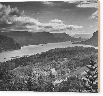 Columbia River Gourge Wood Print