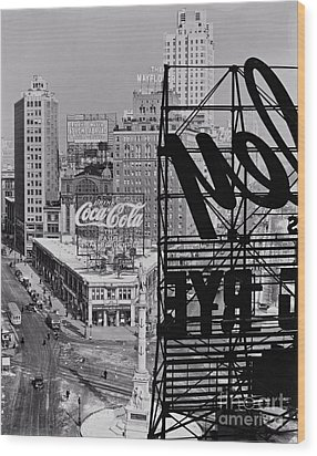 Columbus Circle Wood Print by Lionel F Stevenson