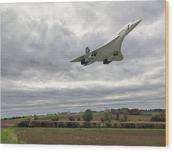 Concorde - High Speed Pass Wood Print by Paul Gulliver