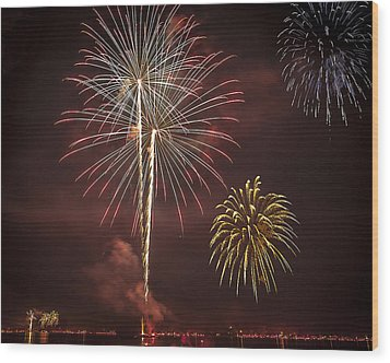 Conesus Ring Of Fire 2015 Wood Print