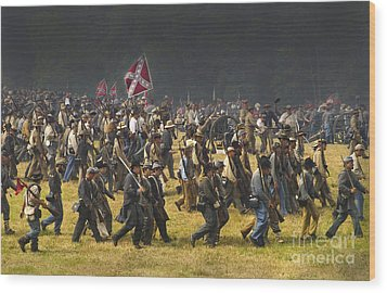 Confederate Charge At Gettysburg Wood Print