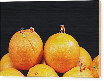 Construction On Oranges Wood Print by Paul Ge