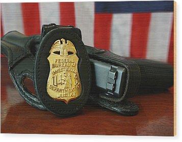 Contemporary Fbi Badge And Gun Wood Print by Everett