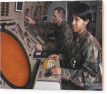Control Technicians Use Radarscopes Wood Print by Stocktrek Images