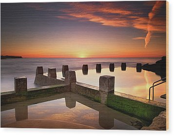 Coogee Beach At Early Morning,sydney Wood Print by Noval Nugraha Photography. All rights reserved.