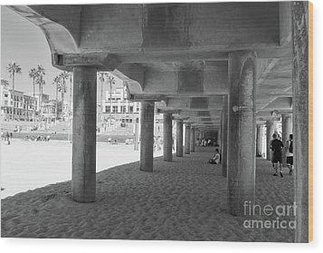 Wood Print featuring the photograph Cool Off In The Shade Of The Pier by Ana V Ramirez