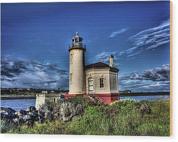 Wood Print featuring the photograph Coquille River Lighthouse by Thom Zehrfeld