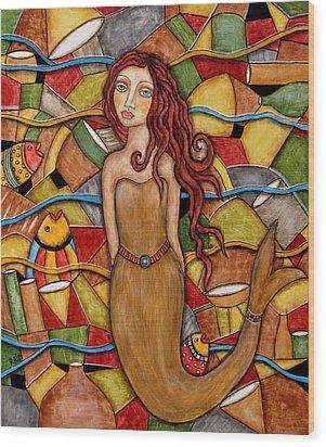 Cordelia Wood Print by Rain Ririn