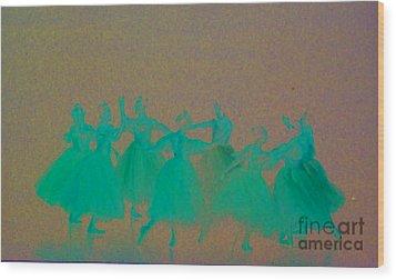 Corps De Ballet II Wood Print