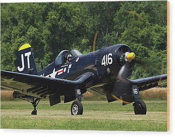 Wood Print featuring the photograph Corsair Close-up by Peter Chilelli