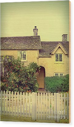 Cottage With A Picket Fence Wood Print by Jill Battaglia