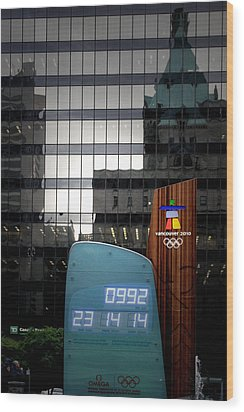 Countdown Clock Olympic Winter Games Vancouver Bc Canada 2010 Wood Print by Christine Till