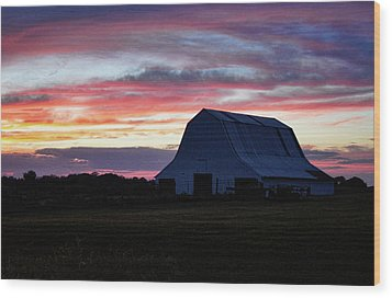 Wood Print featuring the photograph Country Sunset by Cricket Hackmann