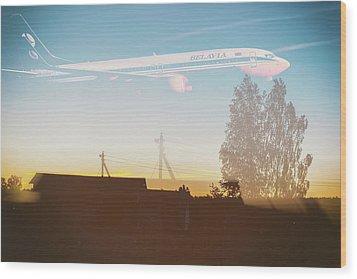 Countryside Boeing Wood Print