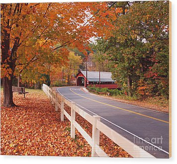 Covered Bridge In Brattleboro Vt Wood Print