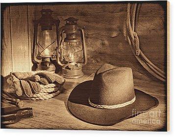 Cowboy Hat And Kerosene Lanterns Wood Print