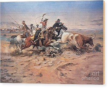 Cowboys Roping A Steer Wood Print by Charles Marion Russell