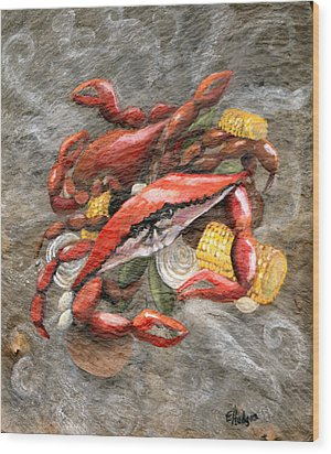 Crab Boil Wood Print by Elaine Hodges