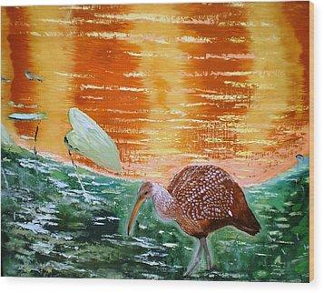 Crane Hunting Minnows Wood Print by Francis Roberts ll