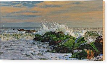 Crashing Waves Wood Print by David Hahn