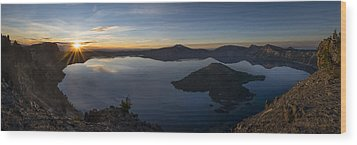Crater Lake At Sunrise Wood Print