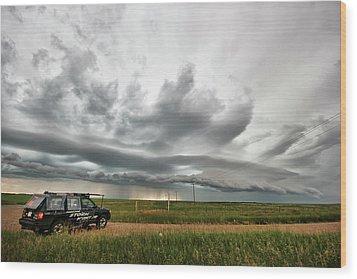 Crazy Shelf Cloud Near Ponteix Sk. Wood Print by Ryan Crouse
