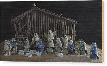 Creche Sraight On View Wood Print by Nancy Griswold