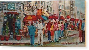 Creme De La Creme Cafe Wood Print by Carole Spandau