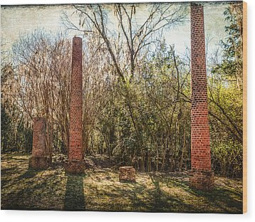 Crocheron Columns Wood Print by Phillip Burrow