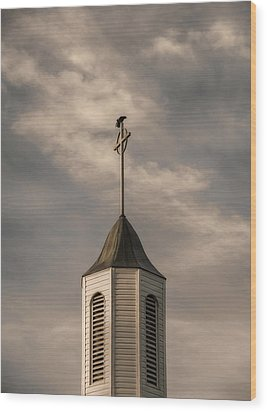 Crow On Steeple Wood Print by Richard Rizzo