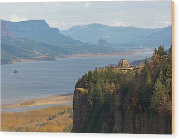 Crown Point On Columbia River Gorge Wood Print