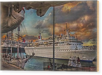 Wood Print featuring the photograph Cruise Port by Hanny Heim