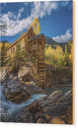 Crystal Mill Morning Wood Print by Darren White