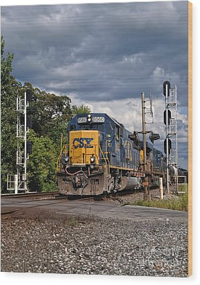 Csx Train Headed West Wood Print by Pamela Baker