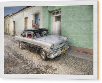 Cuba 04 Wood Print by Marco Hietberg