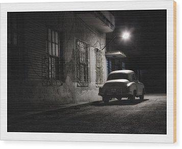 Cuba 05 Wood Print by Marco Hietberg