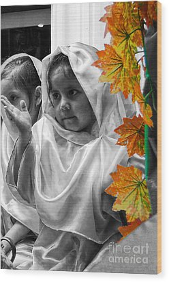Cuenca Kids 885 Wood Print by Al Bourassa